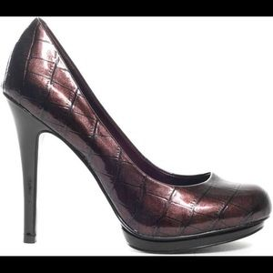 SASSY AND SPICY Jessica Simpson heels
